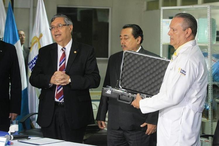 El vicepresidente, Jafeth Cabrera, aseveró que no se pedirá un estado de Calamidad por la crisis en Salud. (Foto Prensa Libre: Esbin García)