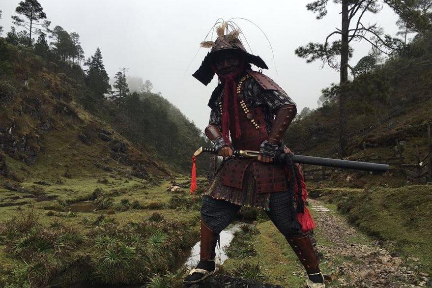 Los trajes de los samuráis son inspiración de Giuseppe Badalamenti. (Foto Prensa Libre: Cortesía Bohemia Suburbana)