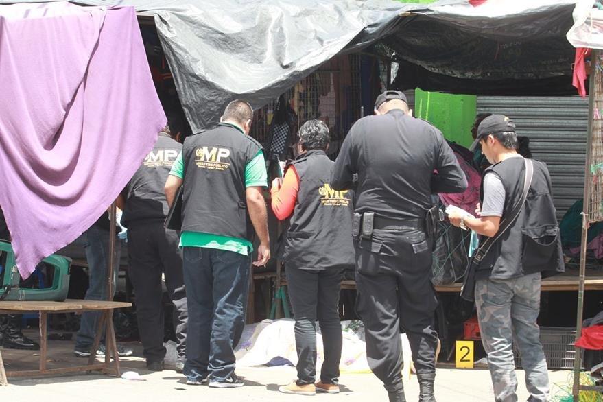 El ataque se produjo en la 4a. calle y 19 avenida de la zona 6.(Foto Prensa Libre: Estuardo Paredes)