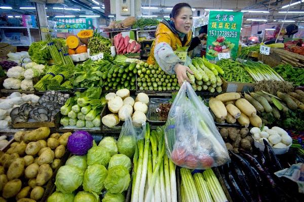 Empresarios se oponen a la reforma de la ley de immportación de alimentos.