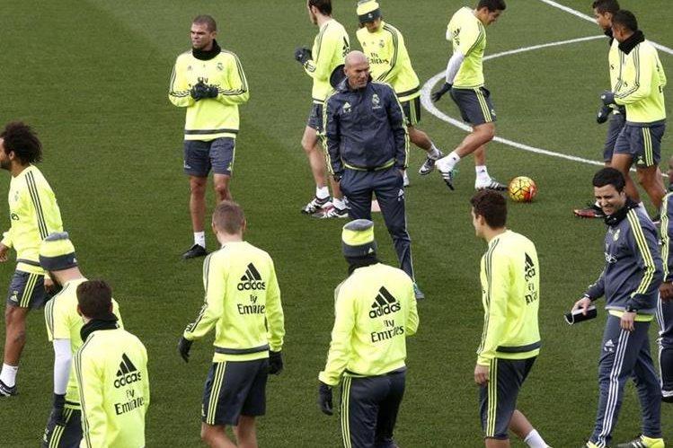 El Real Madrid perdió contra el Wolfsburgo y se medirá contra el Eibar este sábado en el Bernabéu. (Foto Prensa Libre: Real Madrid)