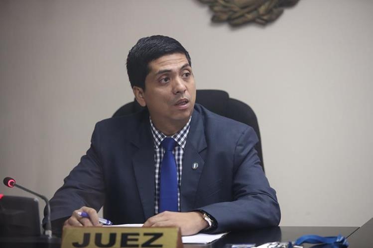 El juez Mynor Moto fue señalado por el MP y la Cicig de los delitos de prevaricato y retardo de la justicia. (Foto Prensa Libre: Hemeroteca PL)