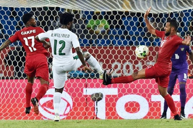 Costa de Marfil y Togo disputaron un partido aburrido que finalizó sin goles. (Foto Prensa Libre: AFP).