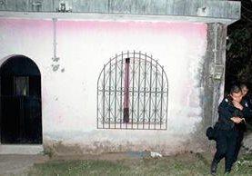 Vivienda en la zona 5 de la cabecera de Retalhuleu, donde fue rescatada una niña de ocho años. (Foto Prensa Libre: Rolando Miranda)
