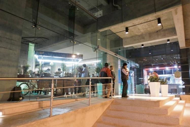 El lugar alberga espacio para oficinas, en la zona 11 de la ciudad capital.
