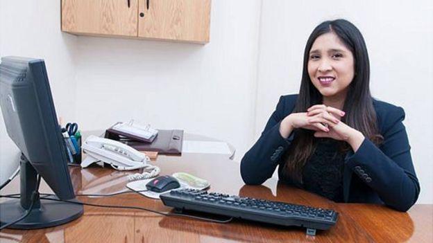 Carolina Gutiérrez recomienda pedir el aumento en octubre o noviembre, en Chile y otros países, cuando las empresas se encuentran realizando su presupuestos para el siguiente año. (CAROLINA GUTIÉRREZ)