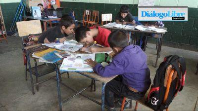 El ciclo escolar esta por culminar en medio de varias carencias aseguran docentes( Foto Prensa Libre: Hemeroteca PL)