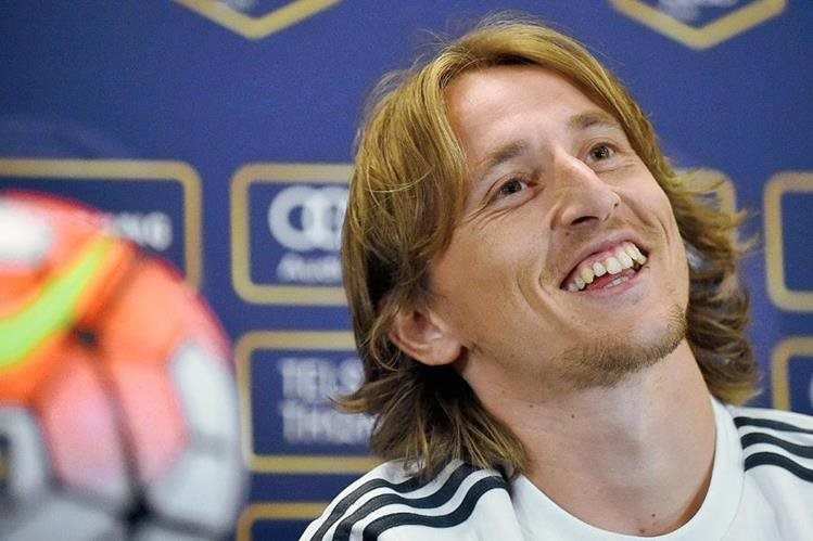 El croata Modric asegura que Ramos es parte fundamental del Madrid. (Foto Prensa Libre: AFP)