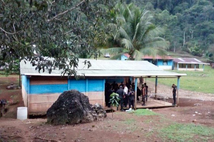 En la vivienda del presunto asesino solo se localizó una licencia de portación de arma de fuego. (Foto Prensa Libre: Eduardo Sam)