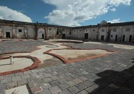 Una primera fase de restauración dentro del convento de Santo Domingo tiene mil 600 metros cuadrados. Se estima que esta fase esté terminada a finales de este año. (Foto Prensa Libre: Ángel Elías).
