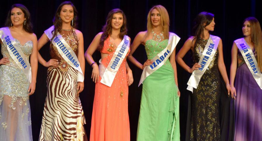 Las candidatas a Miss Guatemala US 2017 participan en pasarela en Hollywood. (Foto Prensa Libre: Giovanni Bautista)