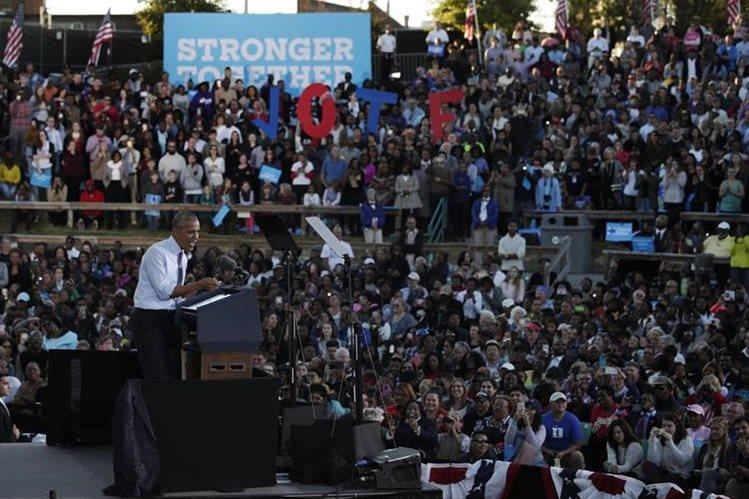 El presidente Barack Obama habla durante el acto de campaña en Carolina del Norte. (Foto Prensa Libre: AP).