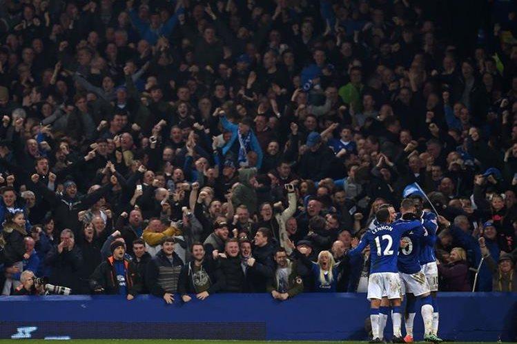 El Chelsea fue eliminado por su antiguo goleador, Lukaku. (Foto Prensa Libre: AFP)