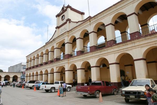 <p>Municipalidad de San Juan Sacatepéquez.  (Foto Prensa Libre: Archivo)</p>
