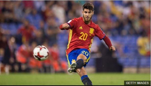 Marco Asensio participó en la goleada de España sobre Albania.