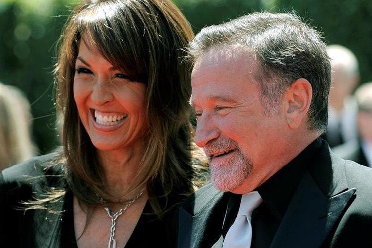 Susan Schneider y Robin Williams, durante una gala en Los Ángeles en el 2010. (Foto Prensa Libre: AP)