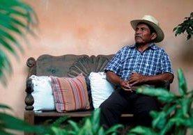 Rodrigo Tot, de 59 años, señala que la unidad en la comunidad ha sido clave para avanzar en la lucha. (Foto Prensa Libre: Carlos Hernández Ovalle)