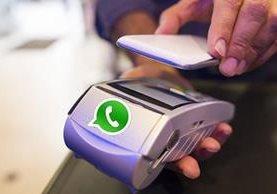 WhatsApp ha estado estudiando la posibilidad de incluir este mismo año los pagos móviles a través de la aplicación.(Foto Prensa Libre: tomade de unocero.com)
