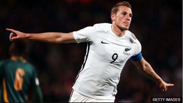 Chris Wood es la principal estrella de Nueva Zelanda, país que se enfrentará a Perú por un cupo en el Mundial de Rusia 2018. (Foto Prensa Libre: BBC Mundo)