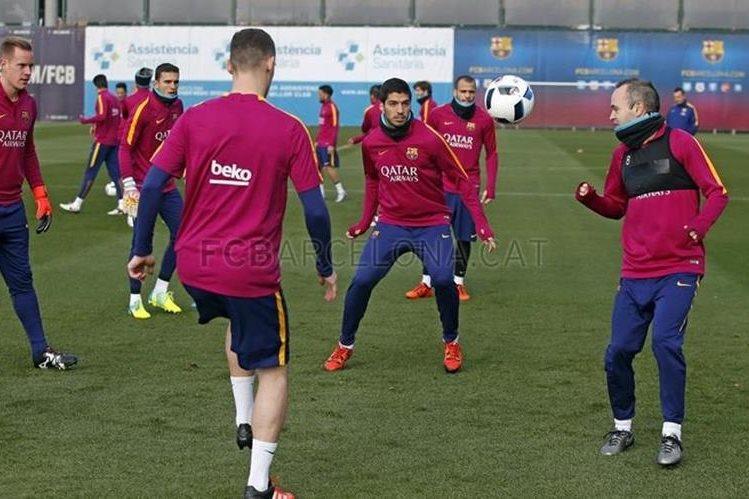 El FC Barcelona no contó con el argentino Lionel Messi en el entrenamiento de esta mañana. (Foto Prensa Libre: FC Barcelona)