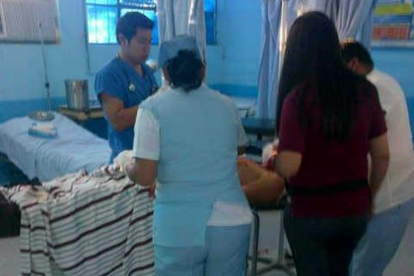 """<p>Los cuatro heridos fueron llevados al Hospital Nacional de Jutiapa. (Foto Prensa Libre: Óscar González)<br _mce_bogus=""""1""""></p>"""