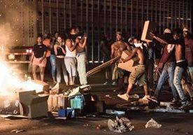 Disturbios en Estados Unidos por ejecución de un afrodescendiente.