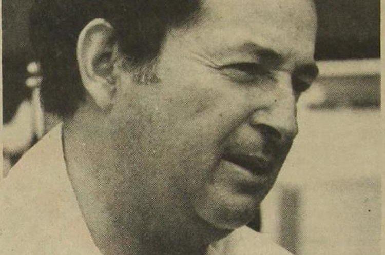 En sus inicios como entrenador el costarricense en dirigió al Saprissa. (Foto Hemeroteca PL)