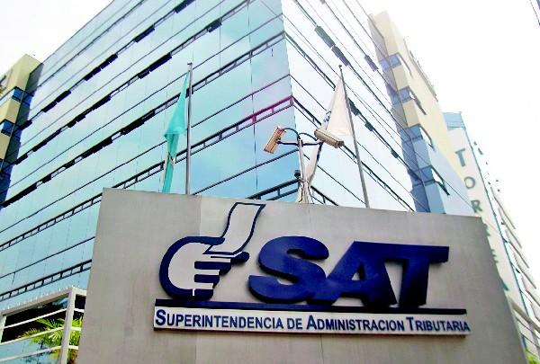 Los ingresos extraordinarios cobrados por la SAT, en este año suman Q2 mil 121.3 millones. (Foto Prensa Libre: Hemeroteca PL)