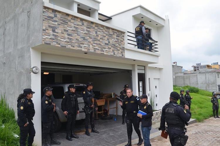 """Vivienda donde fue detenido Fernando Muñoz Sinar """"el Happy"""" líder de la pandilla """"Barrio 18"""". (Foto Prensa Libre: Hemeroteca PL)"""