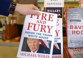 Fire and Fury, el libro que ha hecho enfurecer a Donald Trump, pronto estará disponible en idioma español (Foto Prensa Libre: EFE).