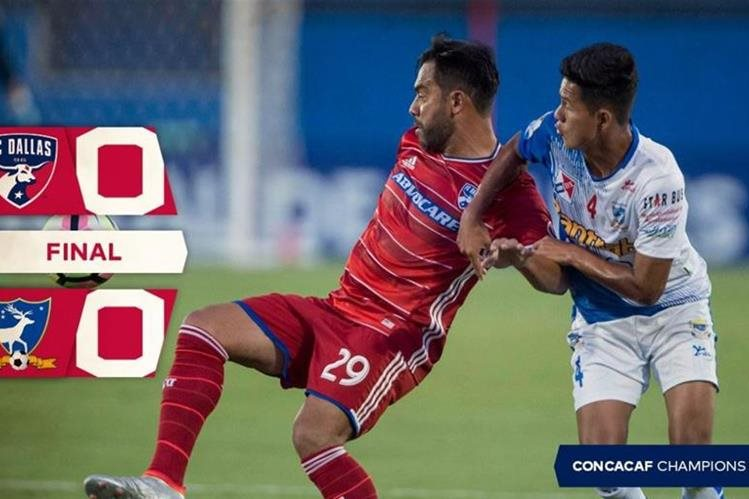 El guatemalteco Carlos Ruiz debutó con el FC Dallas en el choque contra Suchi. (Foto FC Dallas).