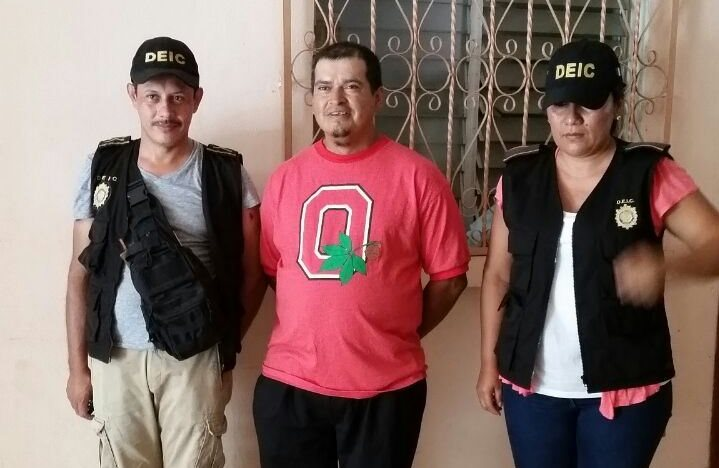 Capturado en Génova habría fingido su secuestro. (Foto Prensa Libre: PNC)