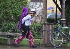Lluvia dificulta las actividades cotidianas en Huehuetenango. (Foto Prensa Libre: Mike Castillo)
