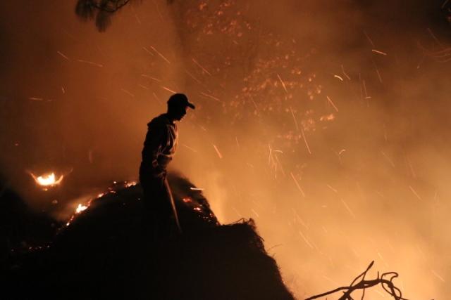 México enviará dos helicópteros para combatir incendios en Guatemala
