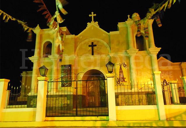 Iglesia Parroquial de San Vicente Pacaya. (Foto: Néstor Galicia)