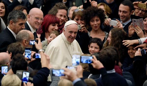 El Papa abre una investigación sobre la destitución de un alto cargo por un escándalo con un condón.  (AP).