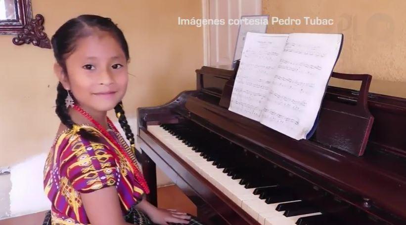 Con solo 7 años de edad, Yahaira Tubac, es una guatemalteca que derrocha talento con el piano fuera de las fronteras. (Foto Prensa Libre: Archivo)