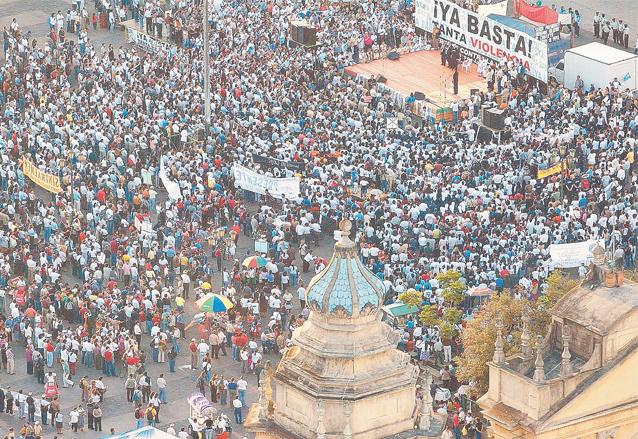 La marcha concluyó en la Plaza de la Constitución. (Foto: Hemeroteca PL)