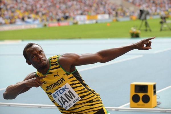 El hombre más rápido del planeta, de 29 años, logró el oro en el Mundiale de Pekín en las pruebas de 100 metros y 200 metros. (Foto Prensa Libre: AFP).