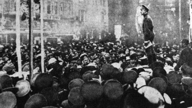 Aires revolucionarios se respiraban en la Rusia de 1917. HULTON ARCHIVE