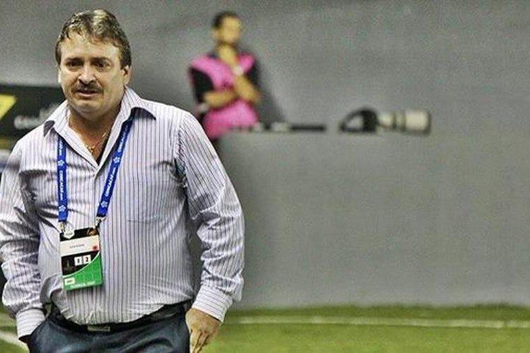 El técnico Óscar Ramírez prepara a la selección tica para la clasificación a Rusia 2018. (Foto Prensa Libre: Hemeroteca)