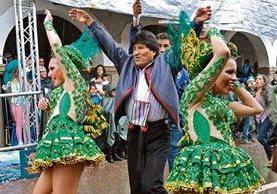 EL PRESIDENTE  boliviano, Evo Morales, participa en el Carnaval de Oruro.