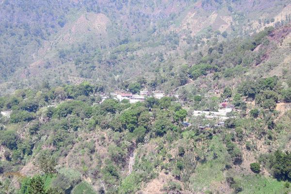 Comunidad Pajomel,  Santa Cruz la Laguna, Sololá. (Foto Prensa Libre: Ángel Julajuj)