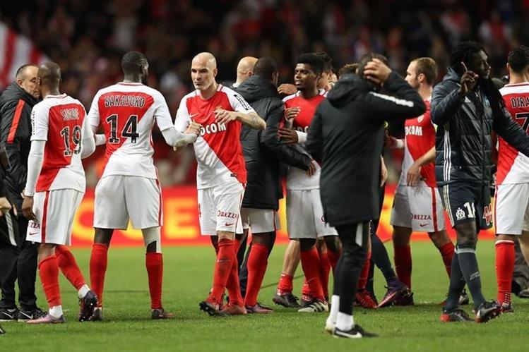 El Mónaco sigue pegado al liderato del torneo francés. (Foto Prensa Libre: AFP)