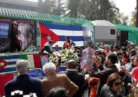 Entre alegría y tristeza pasa la noticia del deceso del líder cubano.