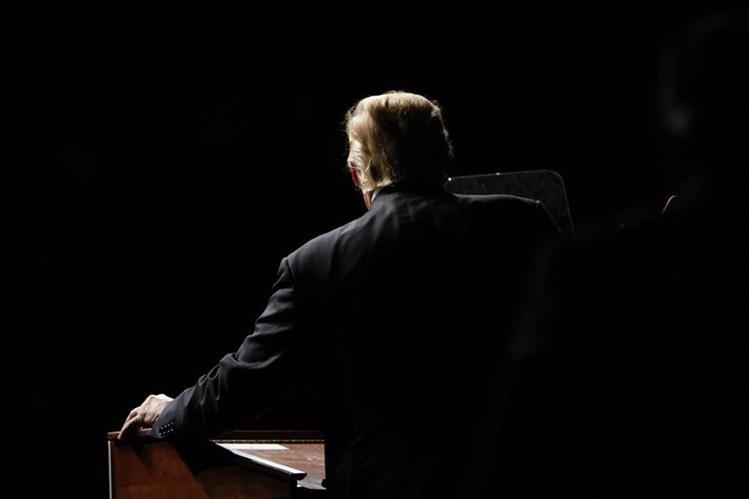 El republicano Donald Trump habla al público durante un reciente acto de campaña. (Foto Prensa Libre: AFP).