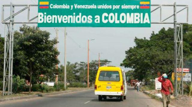 Aproximadamente 320 mil venezolanos han atravesado de un lado a otro de acuerdo a cálculos de las autoridades colombianas. (Foto Prensa Libre: el-nacional.com)
