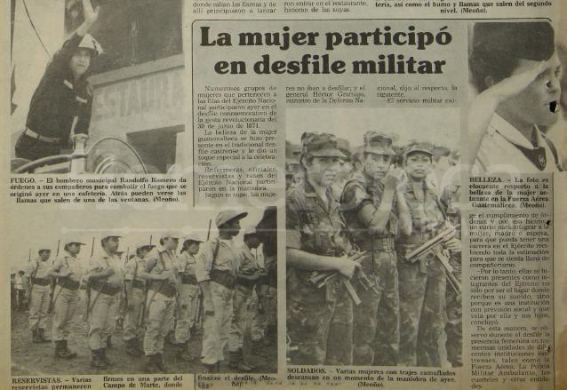 Presencia femenina en el desfile militar del año 1988. (Foto: Hemeroteca PL)
