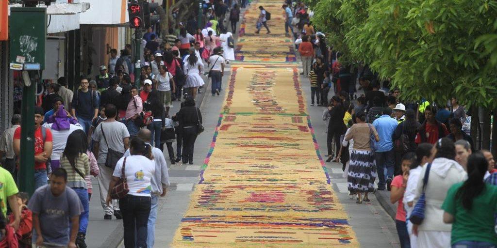 Alfombra m s grande del mundo for Mundo alfombra