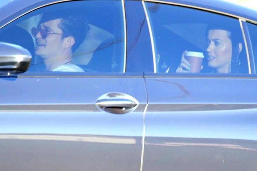La imagen de Katy en el auto de Orlando corrió como pólvora en las redes sociales. (Foto Prensa Libre: Hemeroteca PL)